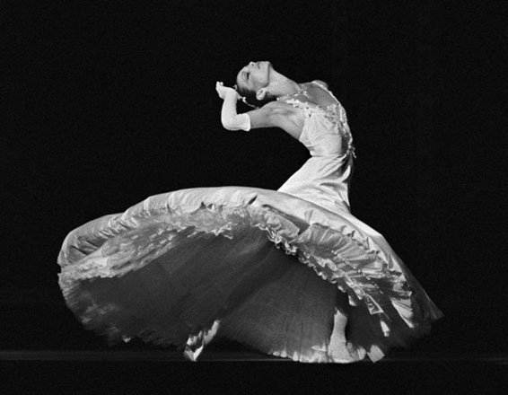 Stephanie Saland performing Balanchine